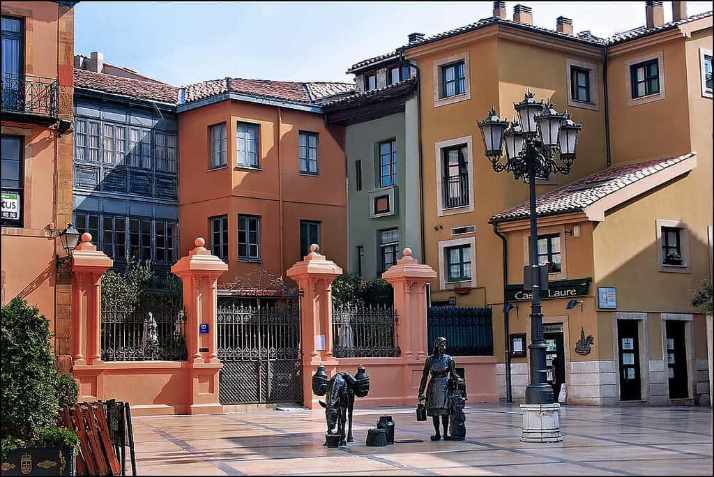 Oviedo Plaza de Trascorrales