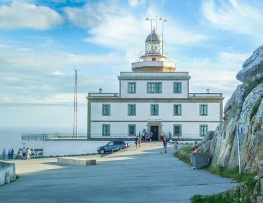 Camino Finisterre lighthouse