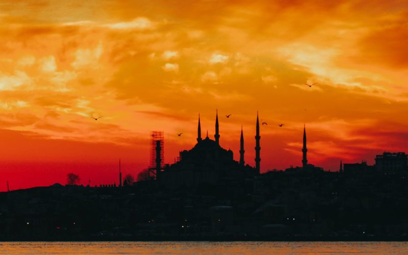 the skyline in istanbul - the end of the sultan's trail