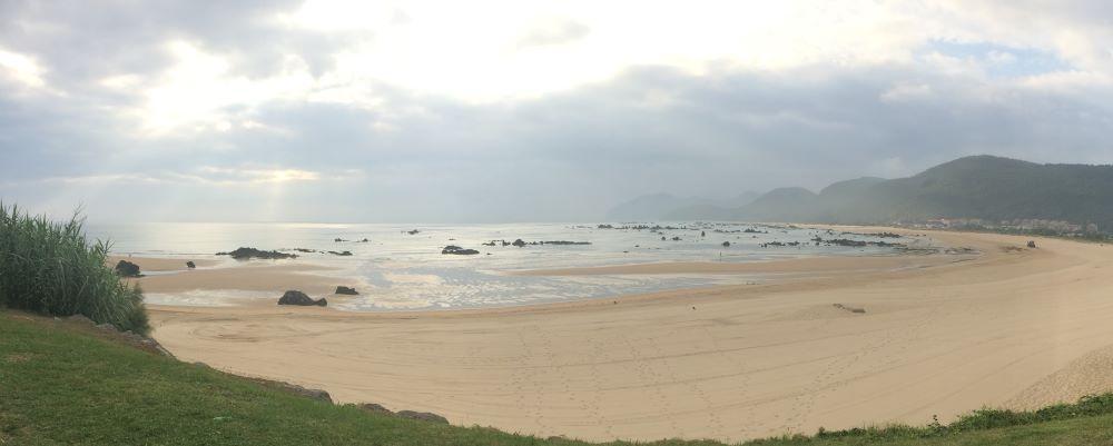 playa trengadin noja cantabria camino del norte